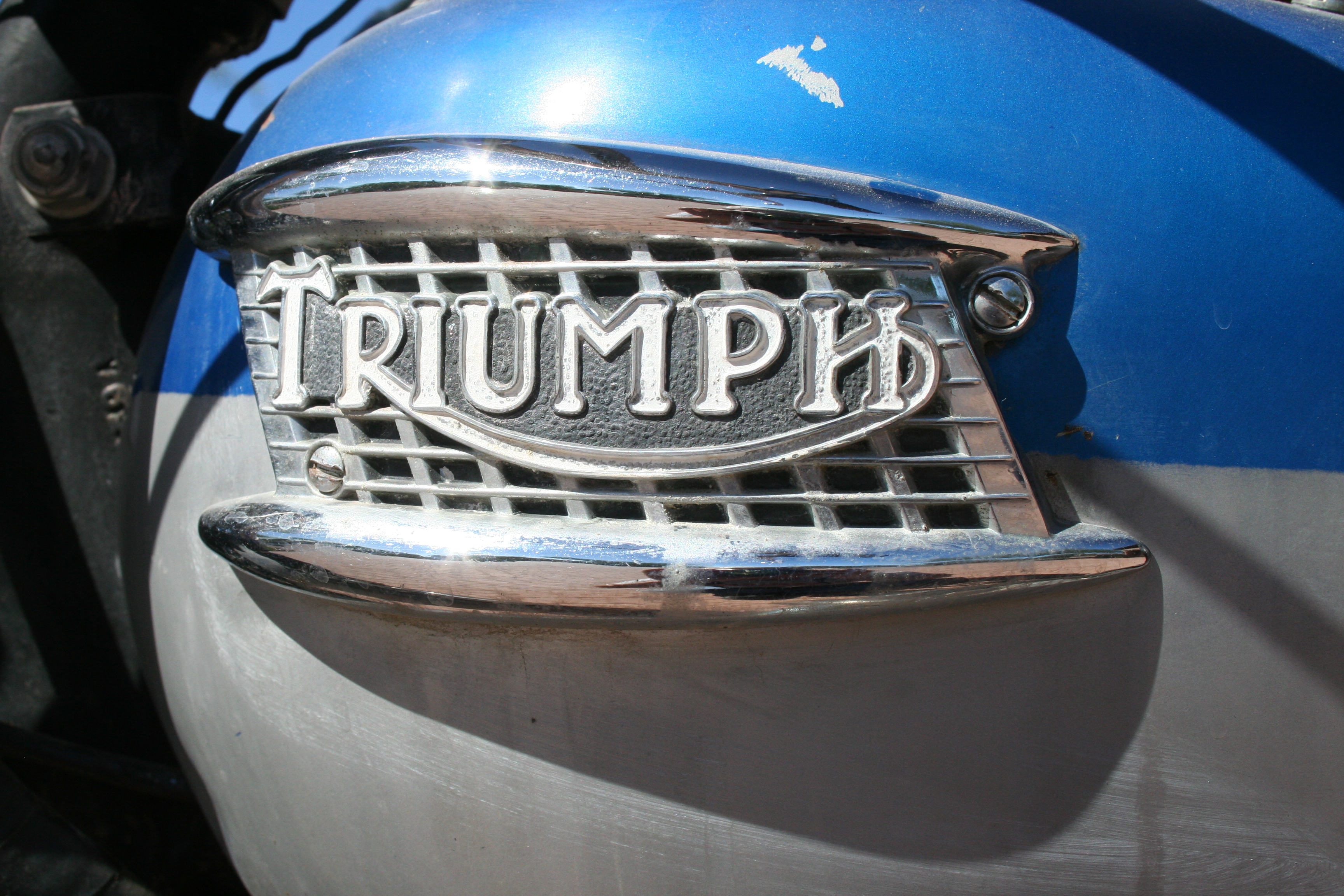 Wayne's Triumph Motorcycles: Update on our 1961 Triumph TR5A