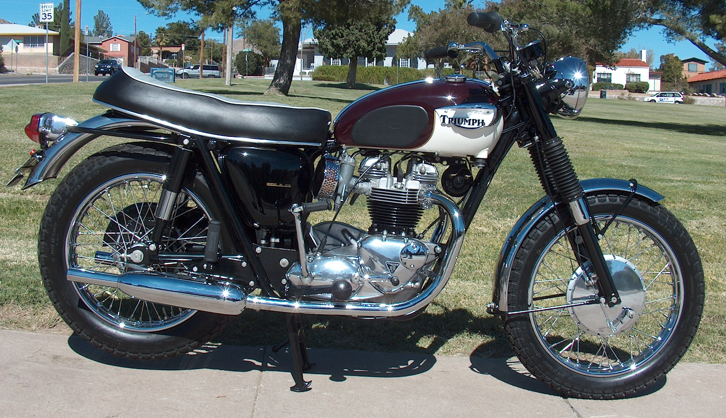 Wayne's Triumph Motorcycles: Sold, going to Germany! ... 1967 ...