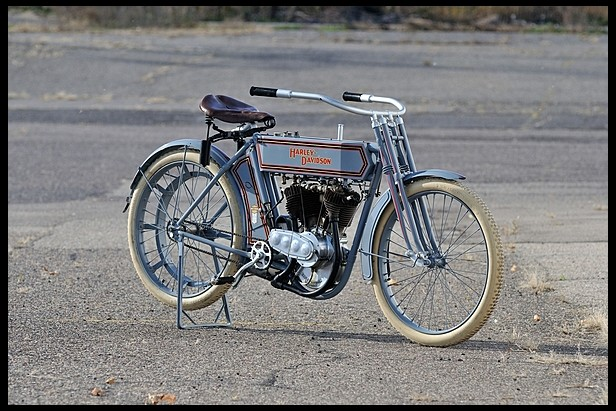 1911-Harley-Davidson-7D-Twin--