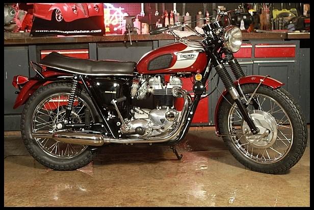 1970-Triumph-Bonneville-T120R--