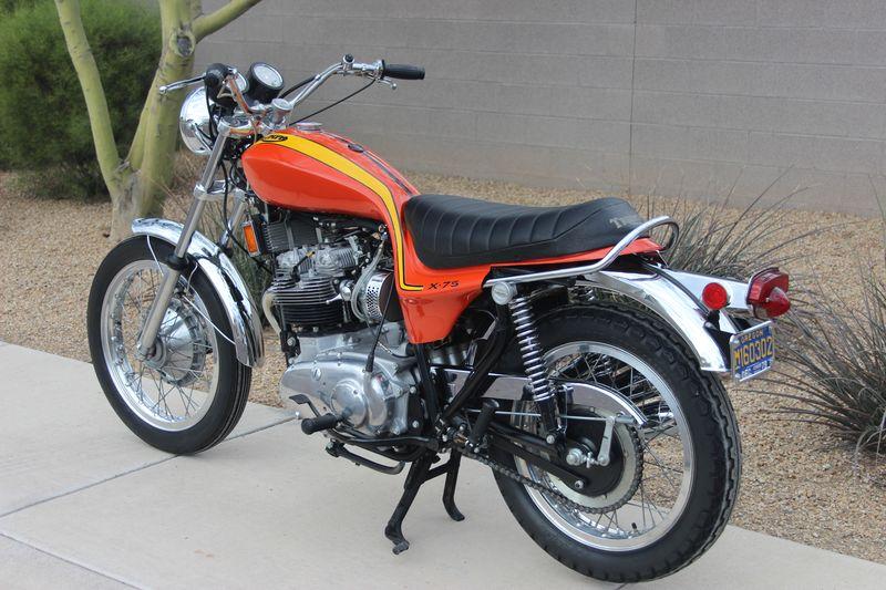 Waynes Triumph Motorcycles - Triumph motorcycle custom stickers decals